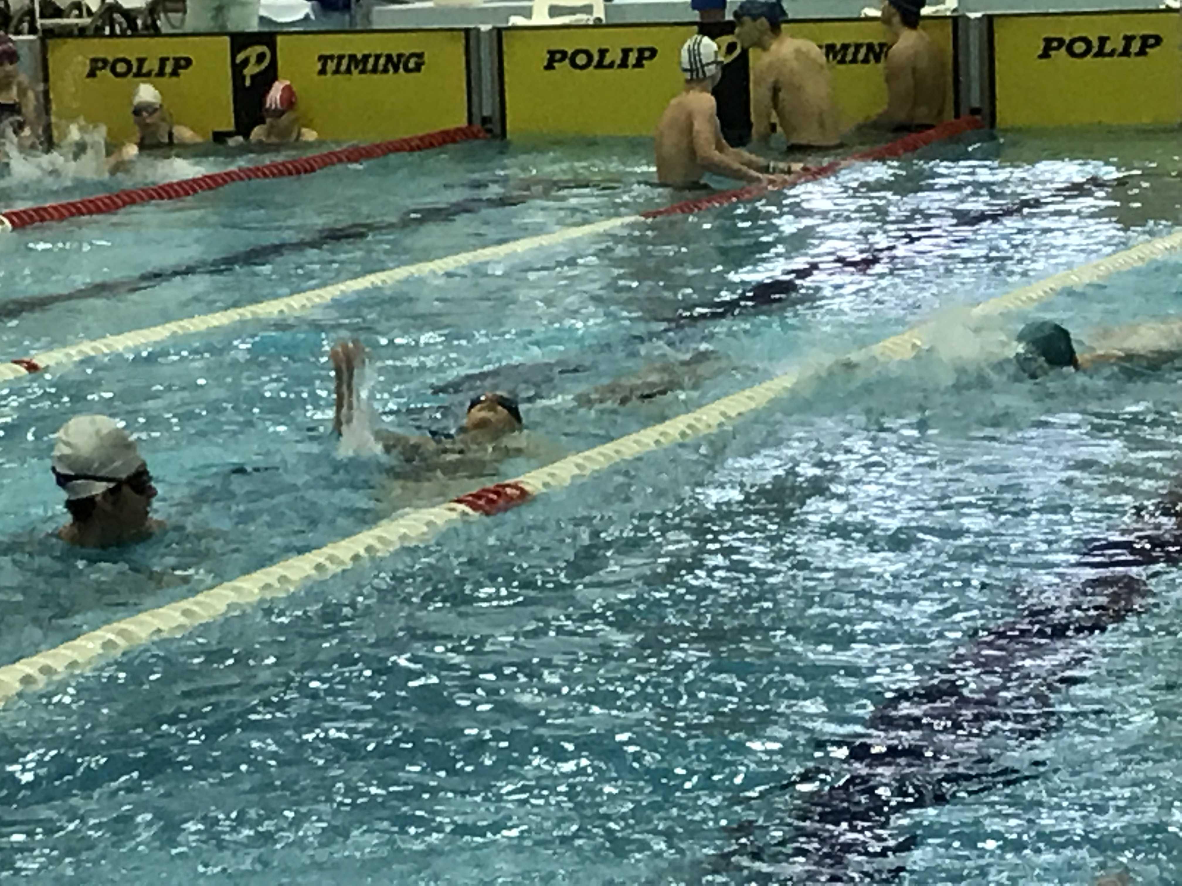 úszó gyengénlátó